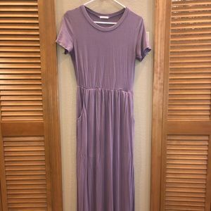 Dresses & Skirts - Boutique Lavender Maxi Dress